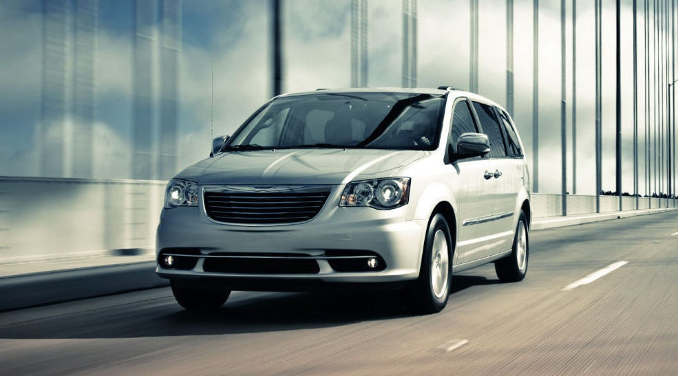 2016 Chrysler Town & Country Silver