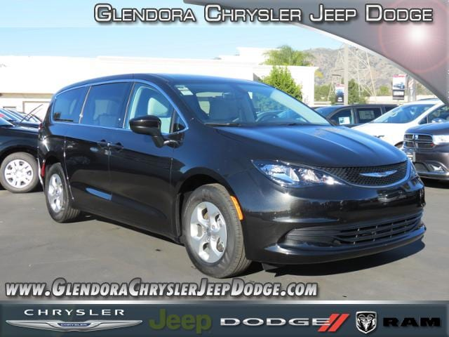 2017 Chrysler Pacifica LX Check out this 2017 Take control of this high-value modern machine Chr