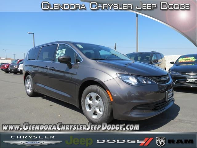 2017 Chrysler Pacifica LX This Chrysler wont be on the lot long It comes equipped with all the s