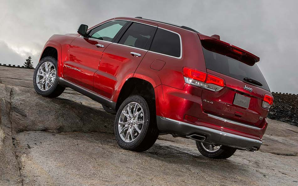 New Jeep Grand Cherokee Red Rear Exterior