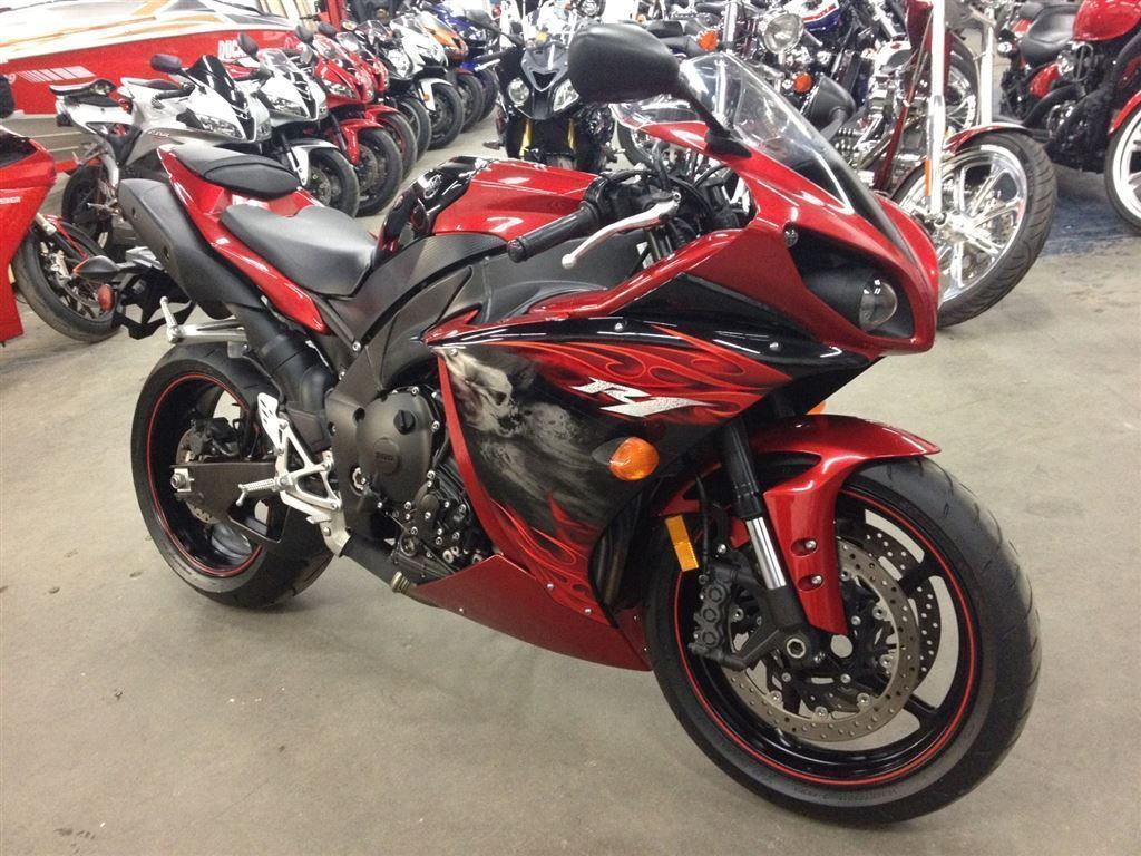 Yamaha R1 Black And Red Yamaha