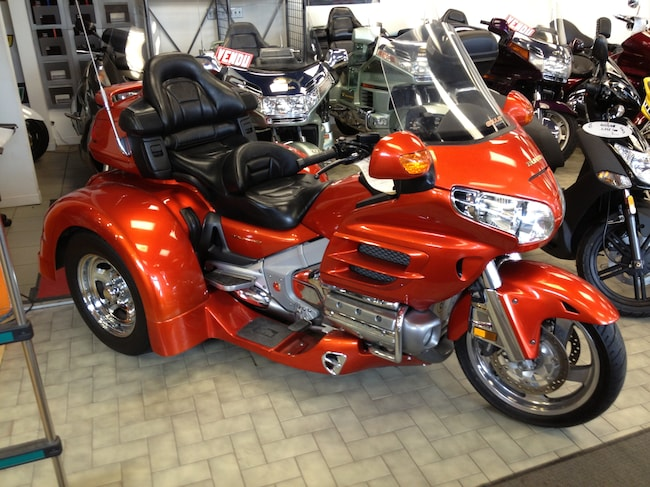 neuf 2017 honda gl1800 goldwing trike vendre ste therese qc. Black Bedroom Furniture Sets. Home Design Ideas