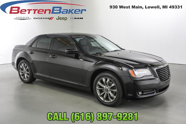 2014 Chrysler 300 4dr Sdn 300S AWD Car