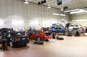 inside Garyson BMW auto service center
