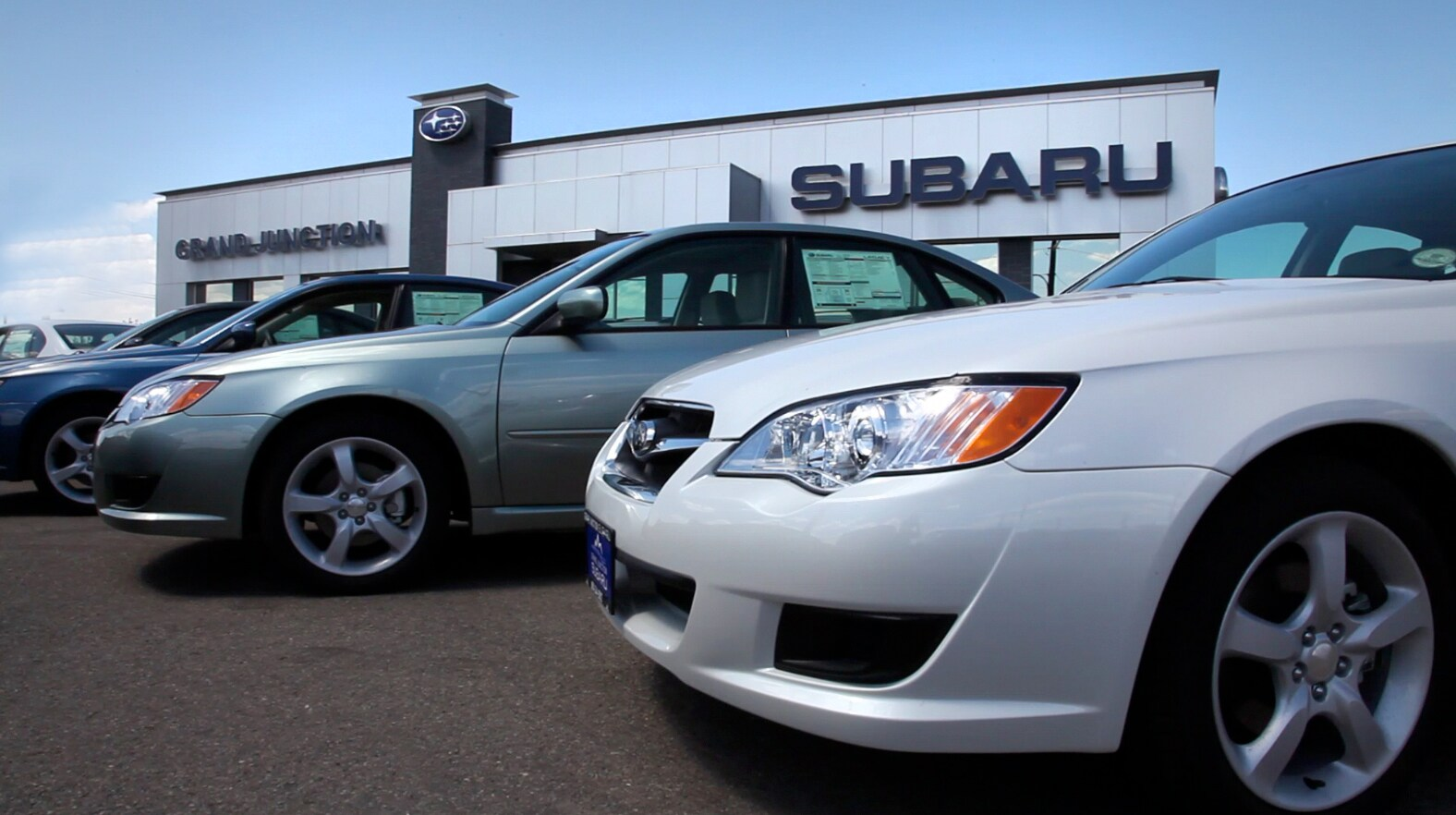 New 2015 2016 Subaru & Used Car Dealer & Auto Service