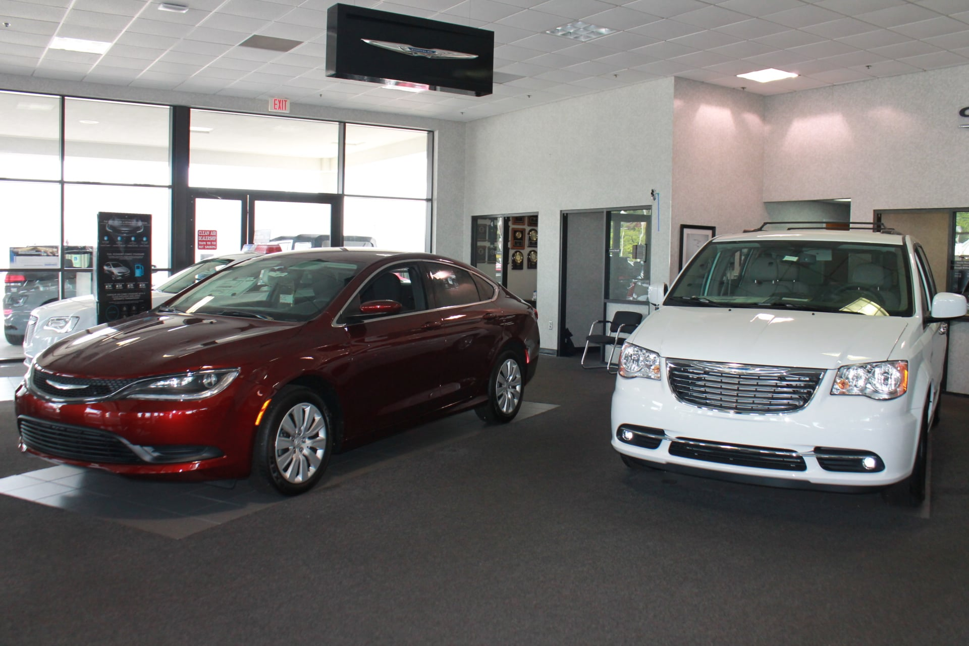 chrysler jeep showroom in fayetteville hendrick chrysler jeep. Cars Review. Best American Auto & Cars Review
