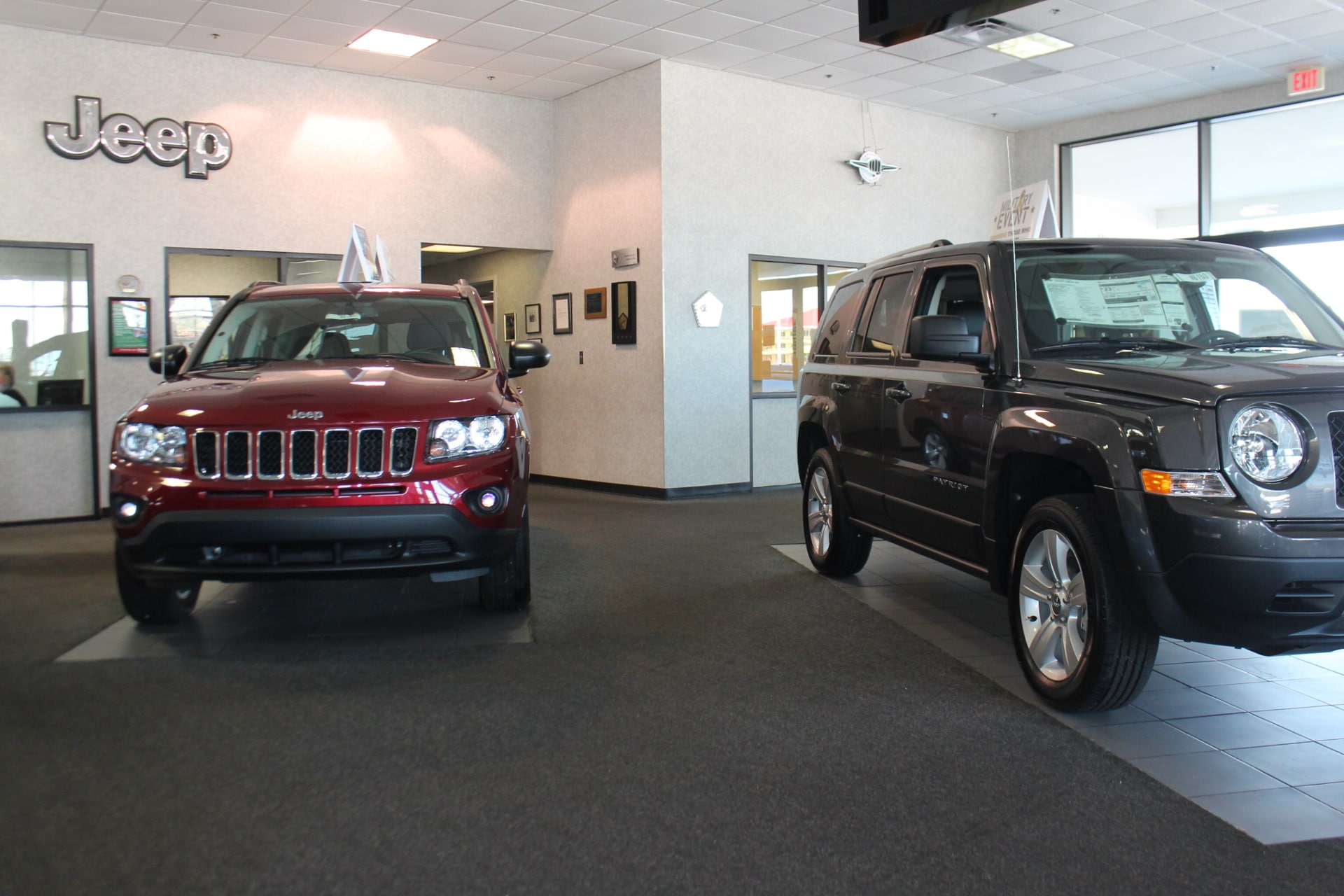 jeep cherokee suv starting at 22995 2014 jeep compass suv starting. Cars Review. Best American Auto & Cars Review
