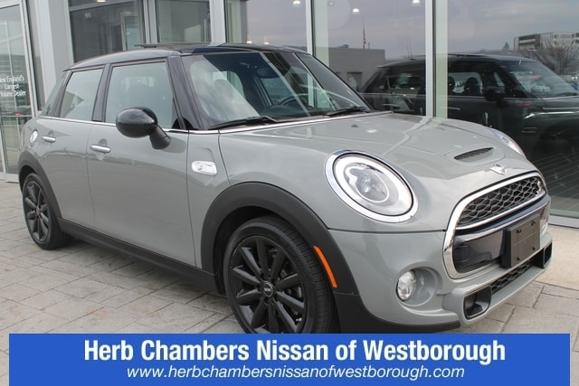 Pre-Owned 2015 MINI Hardtop 4 Door S
