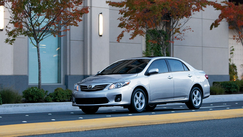 used toyota corolla for sale in seattle hertz certified toyota corolla dealer. Black Bedroom Furniture Sets. Home Design Ideas