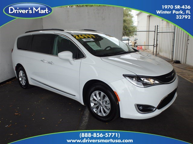 Used 2017 Chrysler Pacifica Touring-L Van Passenger Van Winter Park