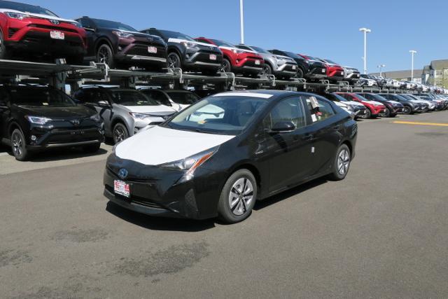 New 2017 Toyota Prius, $29637
