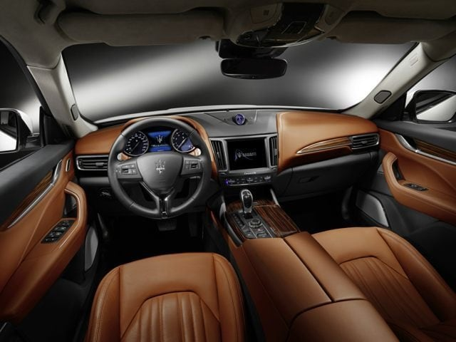 inside the 2017 Maserati Levante id=
