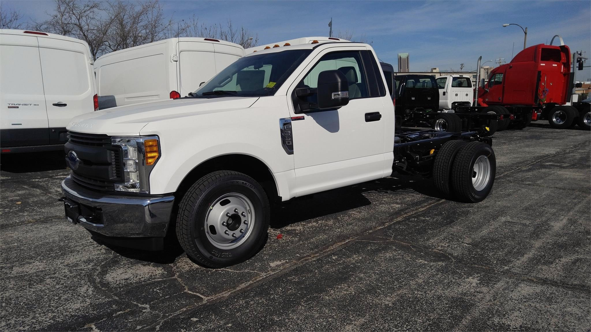2017 Ford F-350 Super Duty XL Chassis Cab id=