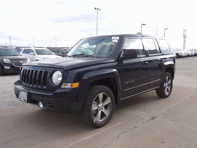 new 2017 jeep patriot latitude 4x4 for sale macomb il. Black Bedroom Furniture Sets. Home Design Ideas
