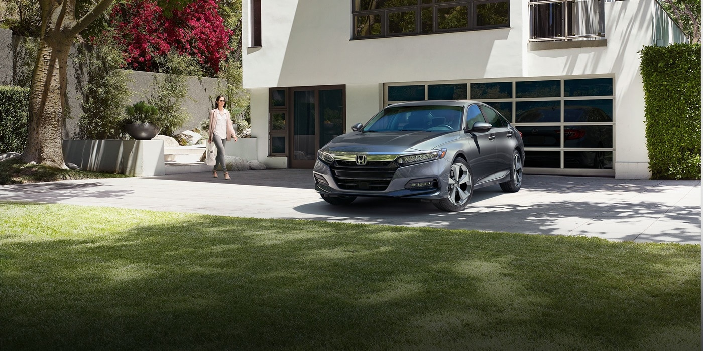 2018 honda accord honda dealership denver for Honda dealer denver