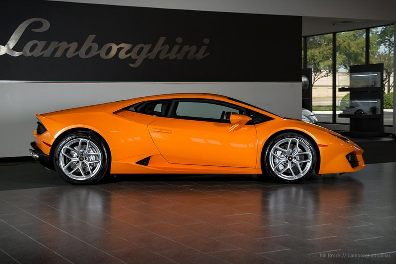 used 2017 lamborghini huracan lp580 2 for sale richardson tx stock l0928 vin zhwuc2zfxhla05397. Black Bedroom Furniture Sets. Home Design Ideas