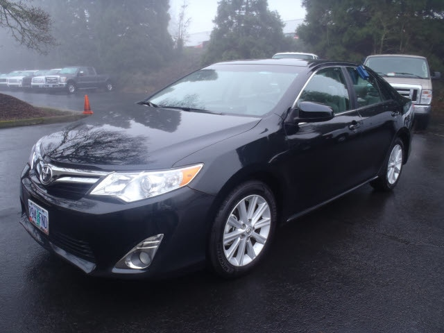 2012 Toyota Camry XLE Looking for a used car at an affordable price Introducing the 2012 Toyota Ca