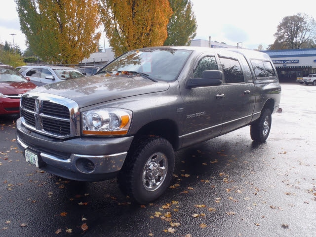 2006 Dodge Ram 2500 SLT Here it is Hurry and take advantage now Introducing the 2006 Dodge Ram 2