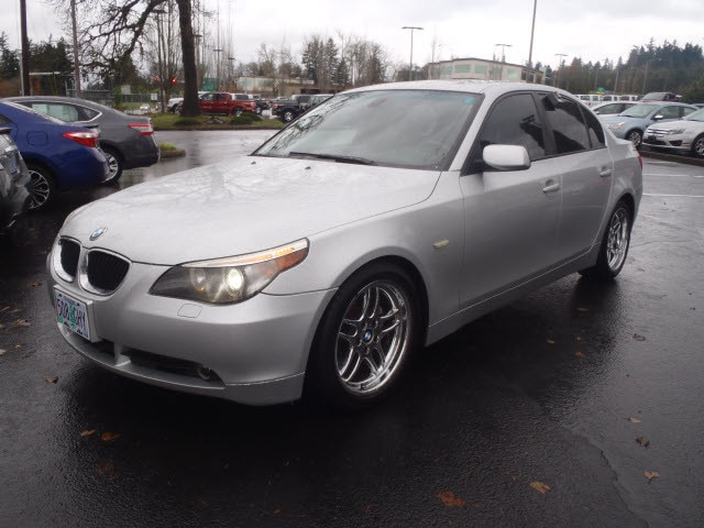 2006 BMW 5 Series 530i Heres a great deal on a 2006 BMW 530i Injecting sophistication and finesse
