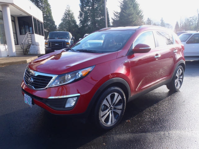 2013 Kia Sportage EX Treat yourself to a test drive in the 2013 Kia Sportage Youll appreciate its