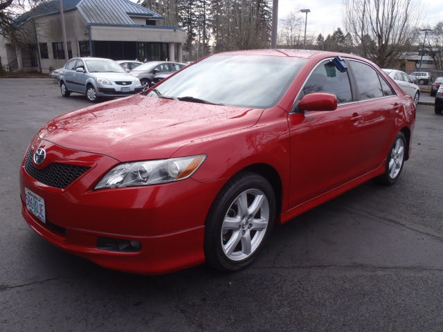 2007 Toyota Camry SE Dare to compare Youre going to love the 2007 Toyota Camry This is a superb