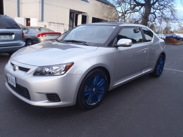 2013 Scion tC Climb inside the 2013 Scion tC An awesome price considering its low mileage This 2