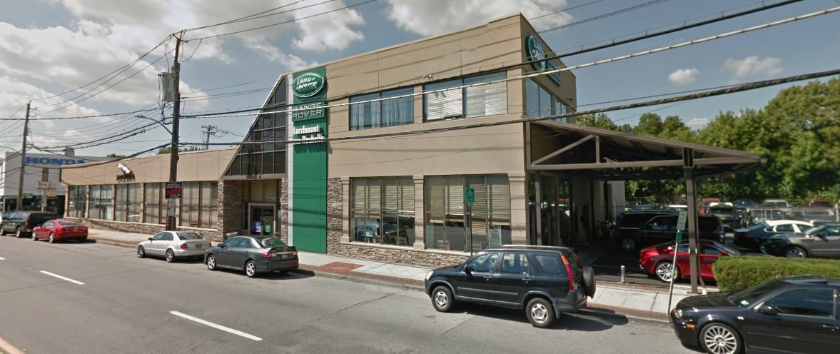 Land Rover Larchmont / New Rochelle Dealership exterior during the day.