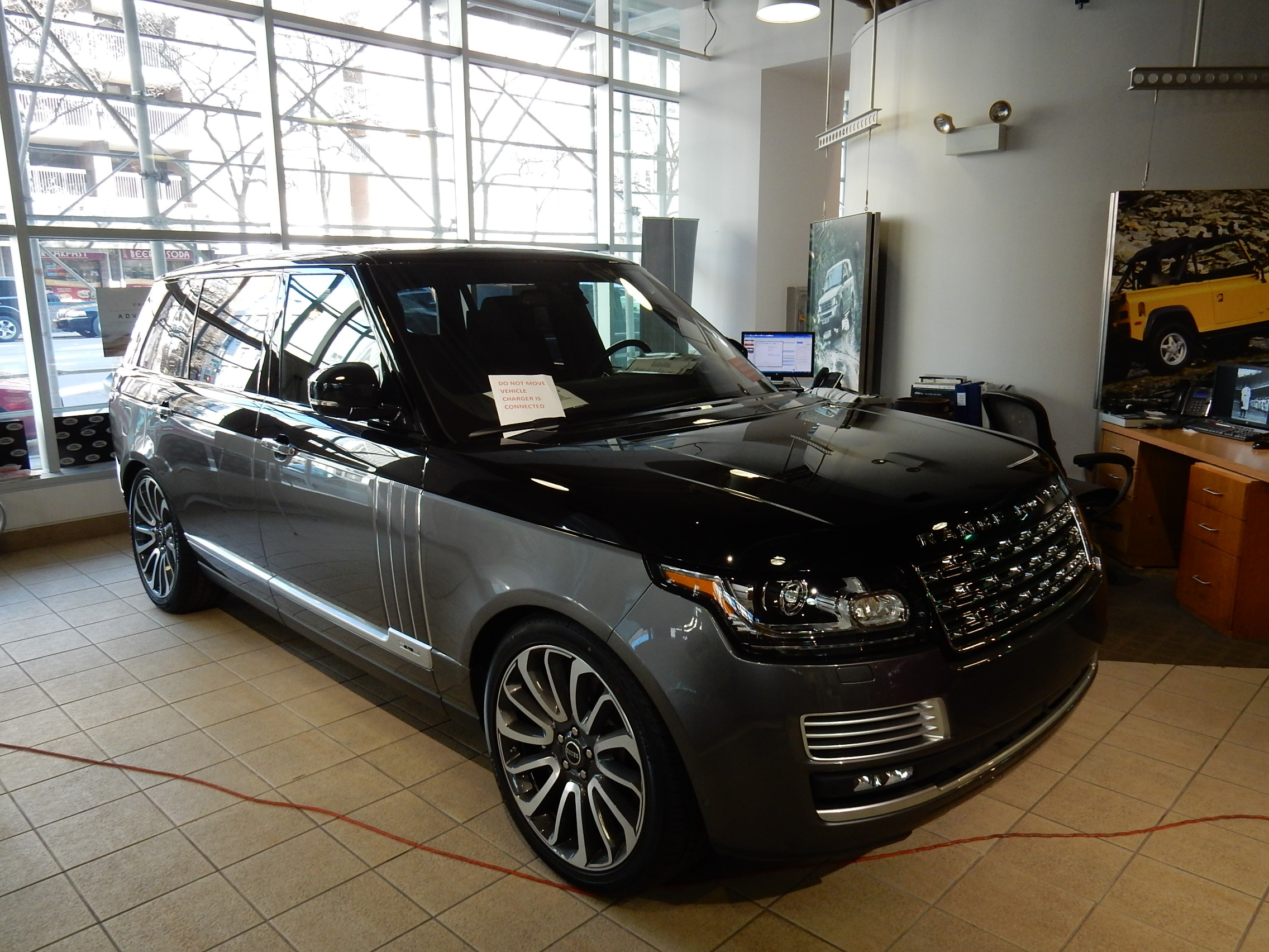 Land rover manhattan vehicles for sale in new york ny 10019 for The range wallpaper sale