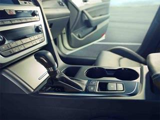 2017 Hyundai Sonata Interior Space and Technology