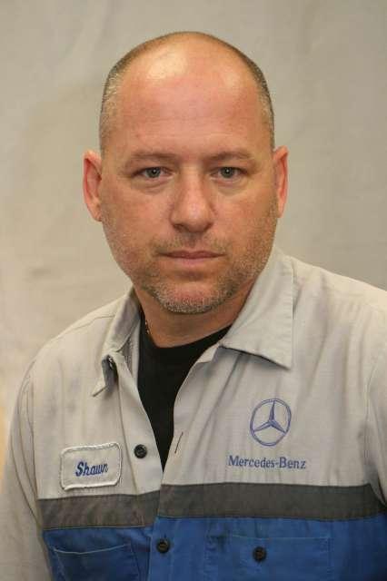Mercedes Benz Authorized Service Technician