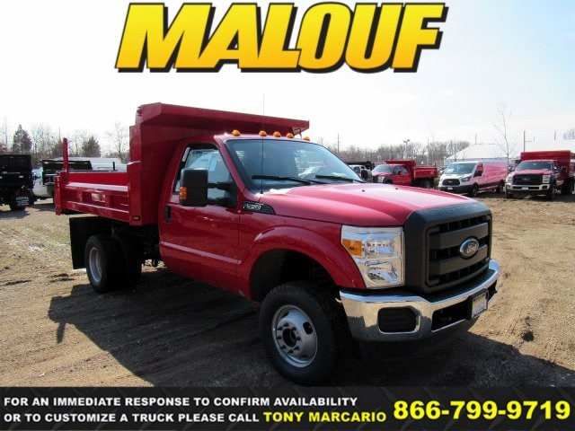 2016 Ford F-350 Chassis XLT Truck Regular Cab