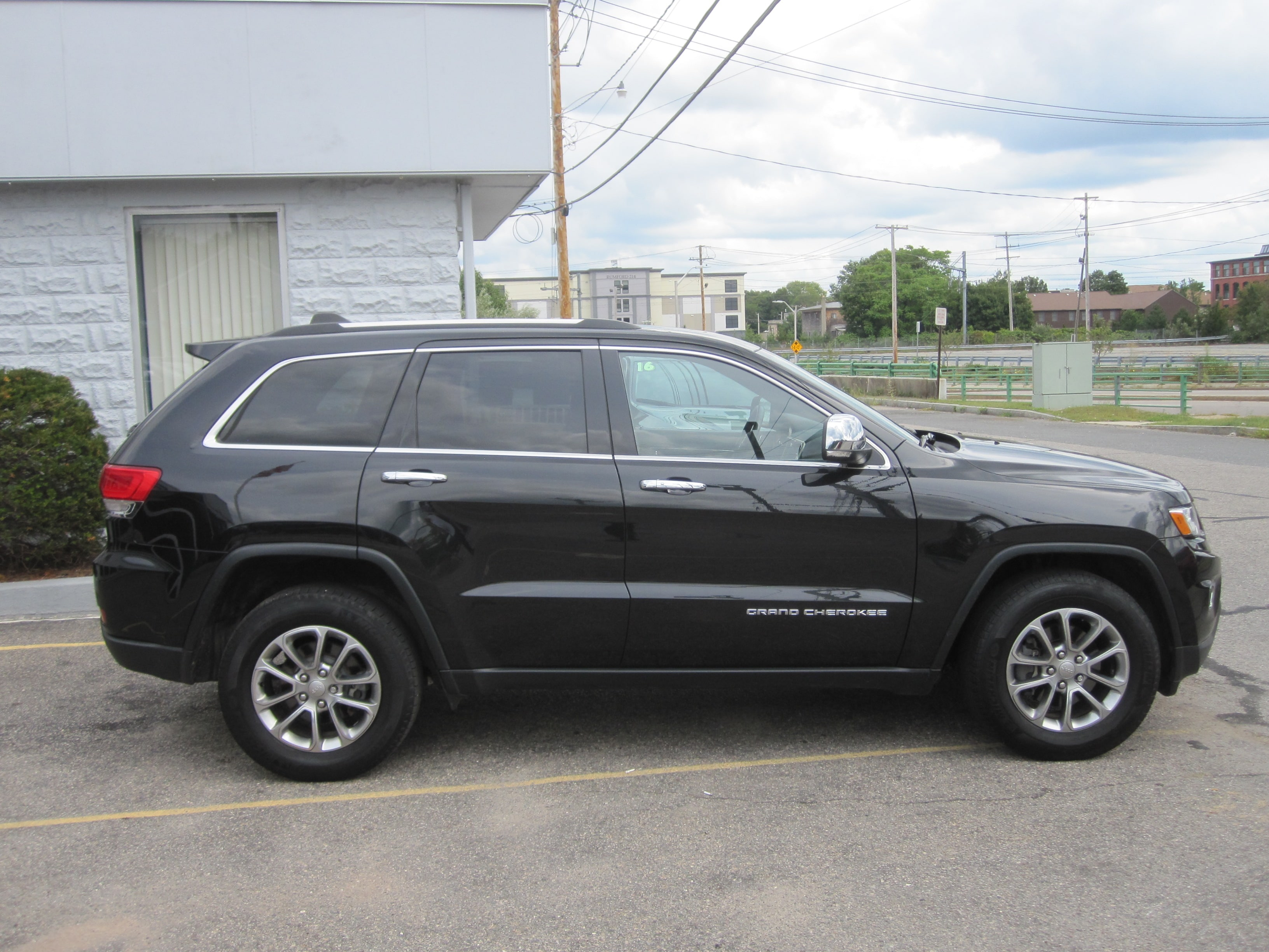 used 2015 jeep grand cherokee limited 4x4 for sale in mansfield ma vin 1c4rjfbg2fc865450. Black Bedroom Furniture Sets. Home Design Ideas