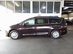 2017 Chrysler Pacifica Touring L Minivan/Van For sale near Portland OR