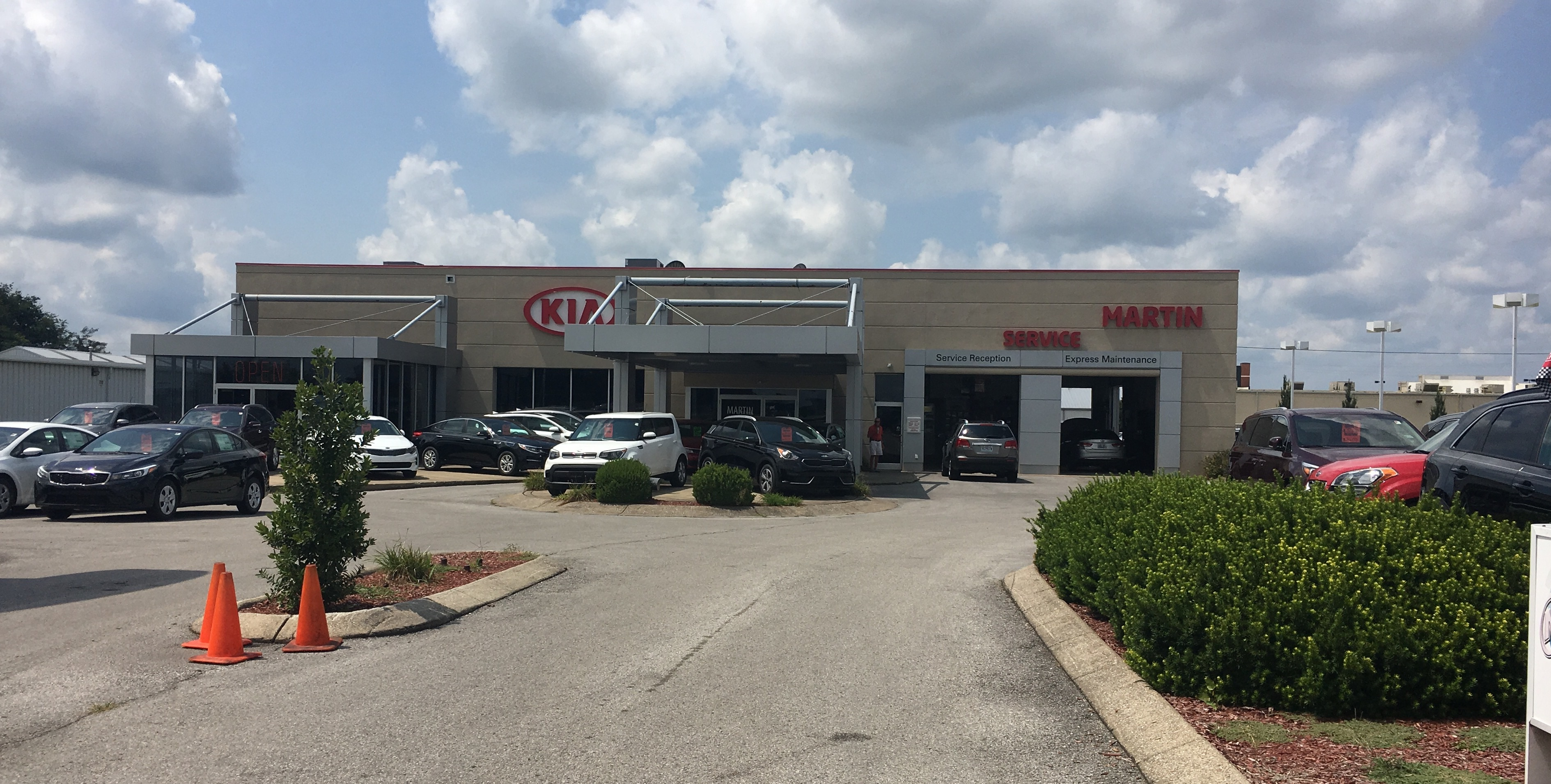 About Martin Kia: New And Used Car Dealership In Bowling Green