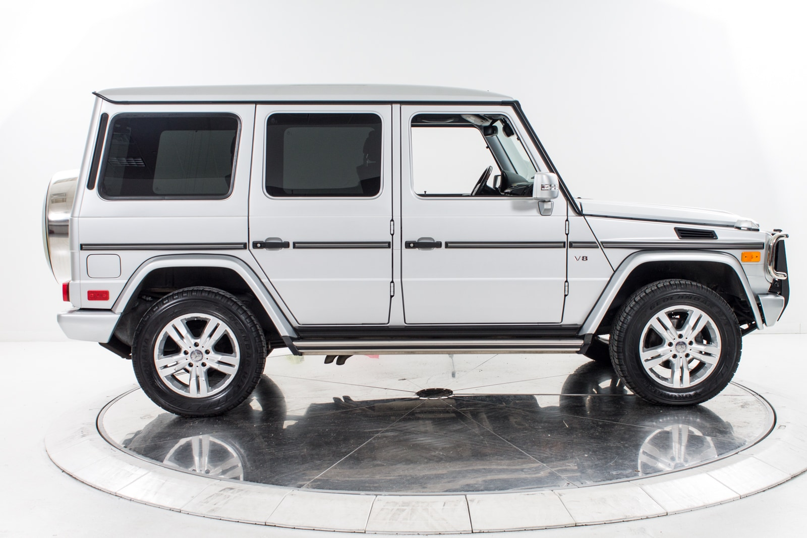 Used 2010 mercedes benz g550 for sale plainview near for Mercedes benz dealers in long island ny