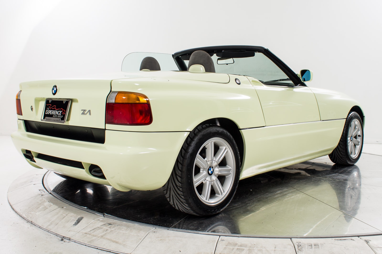 used 1990 bmw z1 for sale fort lauderdale fl vin wbaba91000al05367. Black Bedroom Furniture Sets. Home Design Ideas