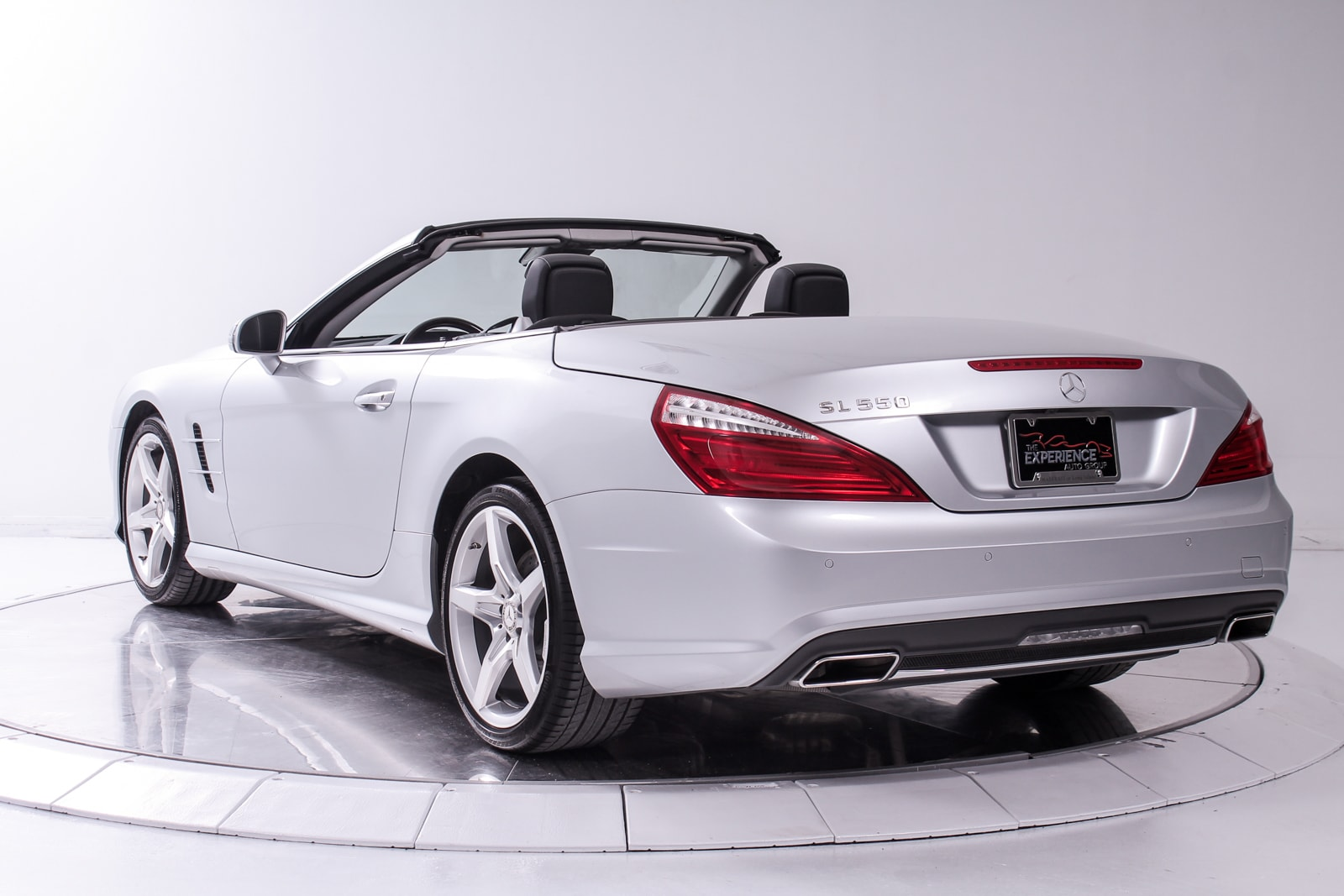 Used 2013 mercedes benz sl550 for sale plainview near for Mercedes benz dealers in long island ny