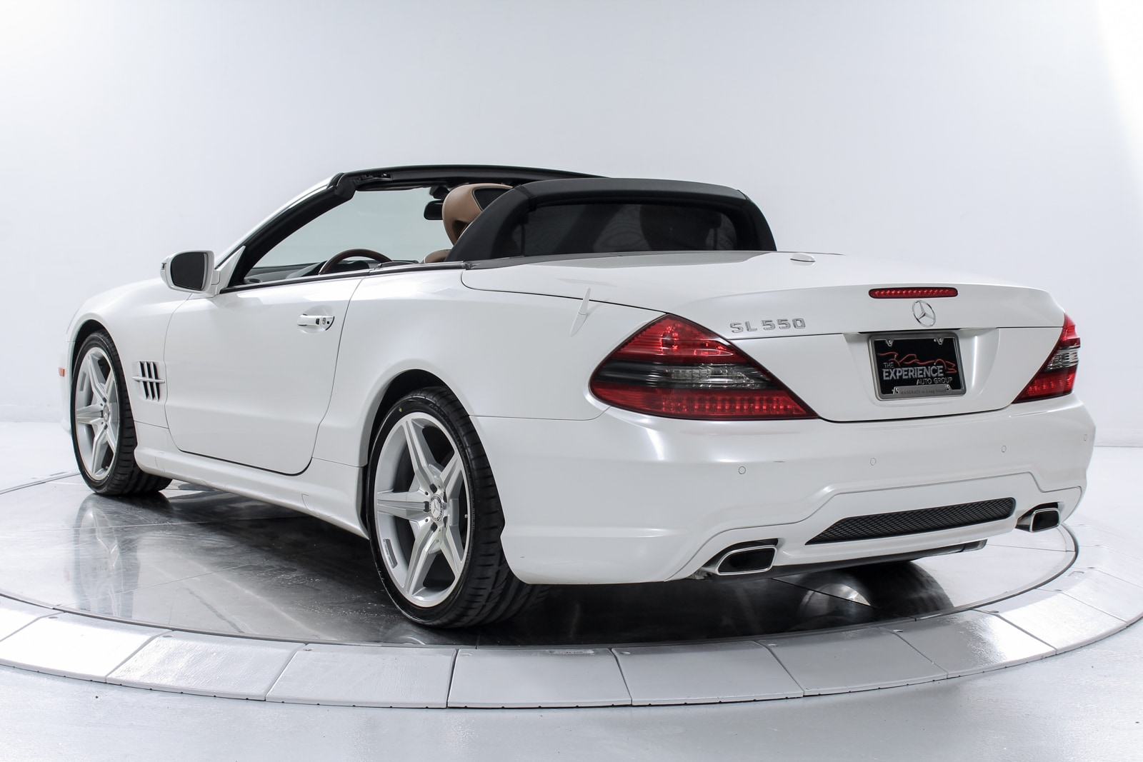 Used 2011 mercedes benz sl550 for sale plainview near for Mercedes benz dealers in long island ny