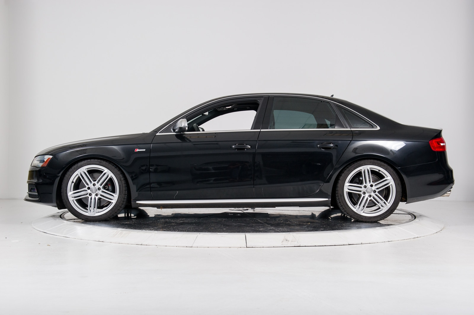 Used 2014 Audi S4 Quattro In Black For Sale In Nyc Vin Waudgafl4ea013871
