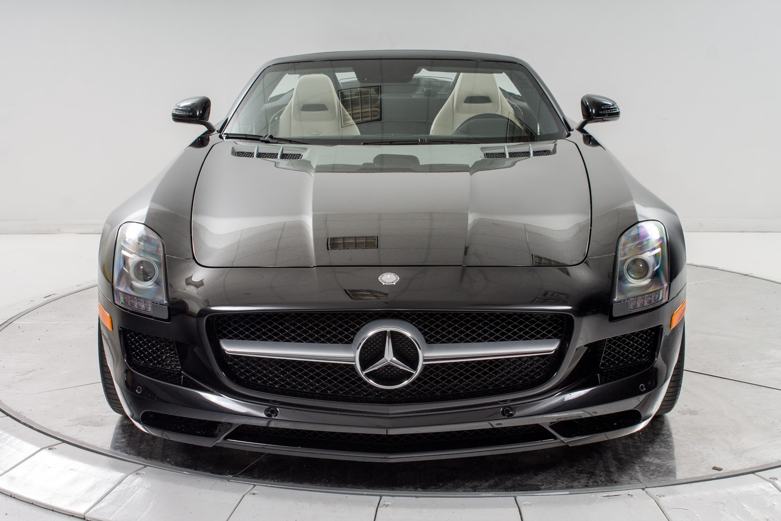 Used 2012 mercedes benz sls amg roadster for sale for Mercedes benz of long island