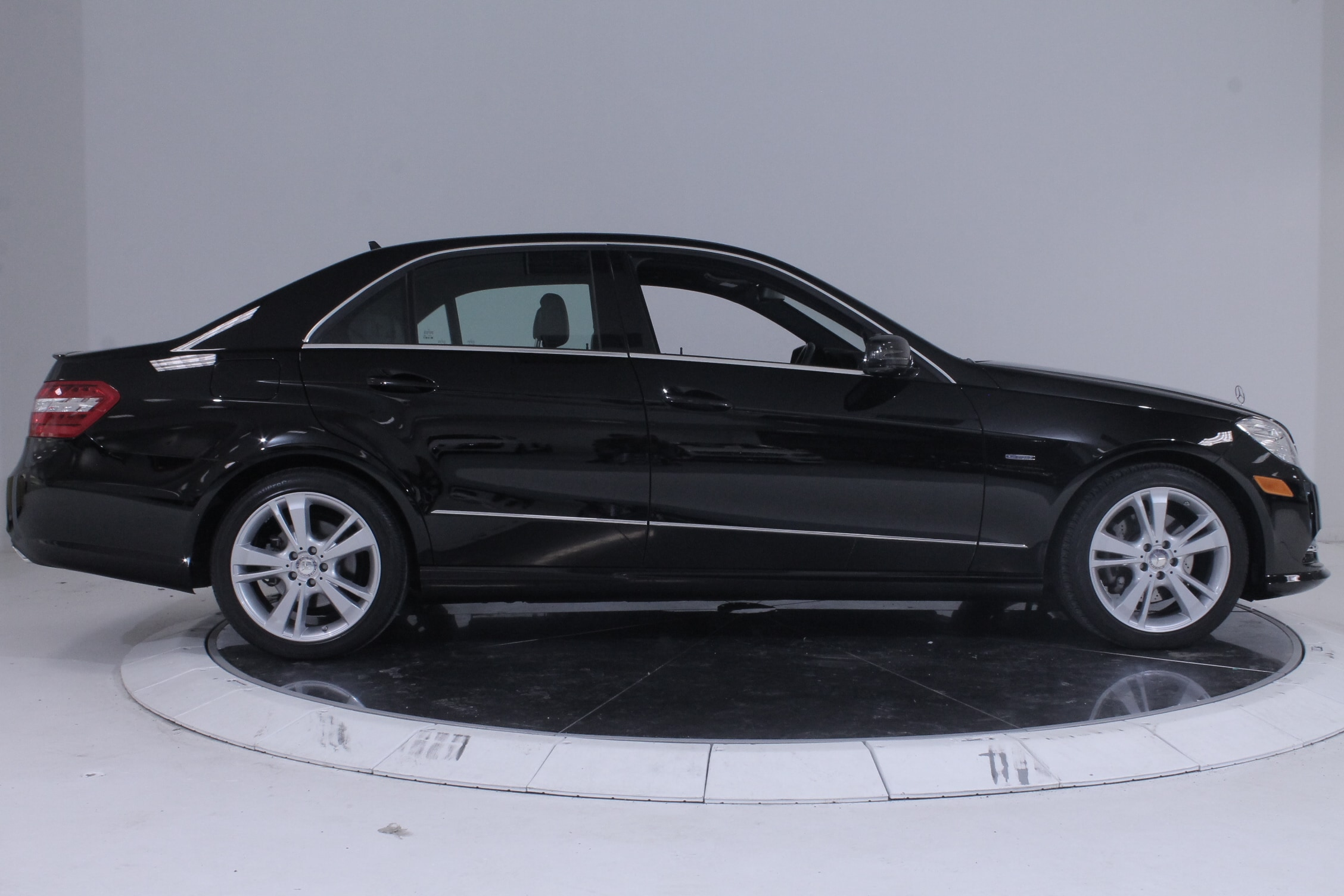 Used 2012 mercedes benz e350 4matic for sale plainview for Mercedes benz dealers in ny