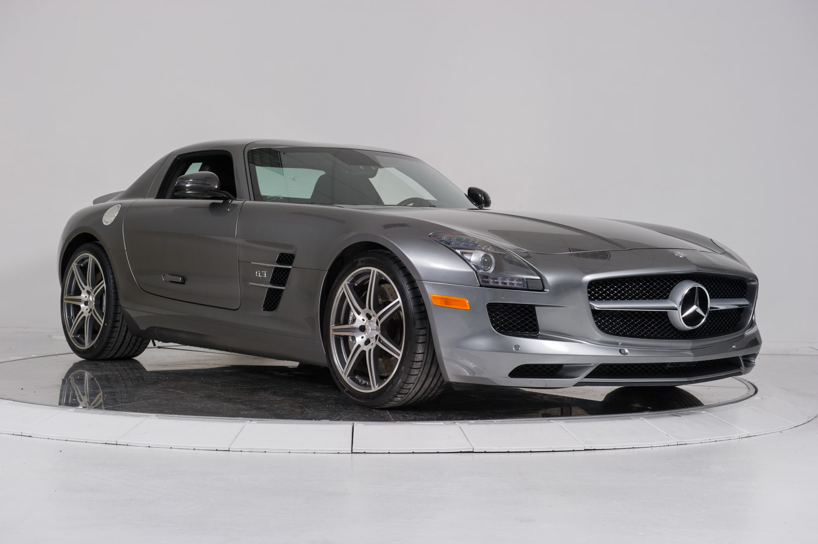 Used 2012 mercedes benz sls amg for sale plainview near for Mercedes benz dealers in long island ny