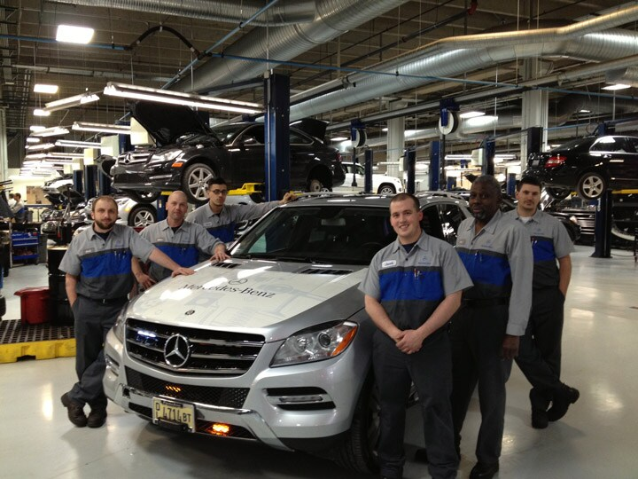 Mercedes benz chicago lease for Mercedes benz chicago service