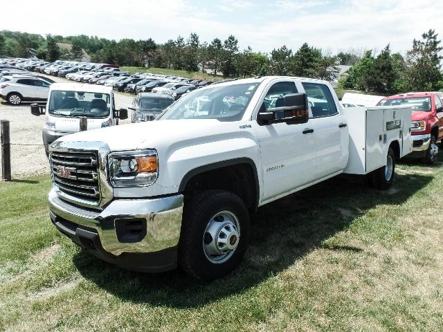 2016 GMC Sierra 3500HD Chassis Base Truck Crew Cab