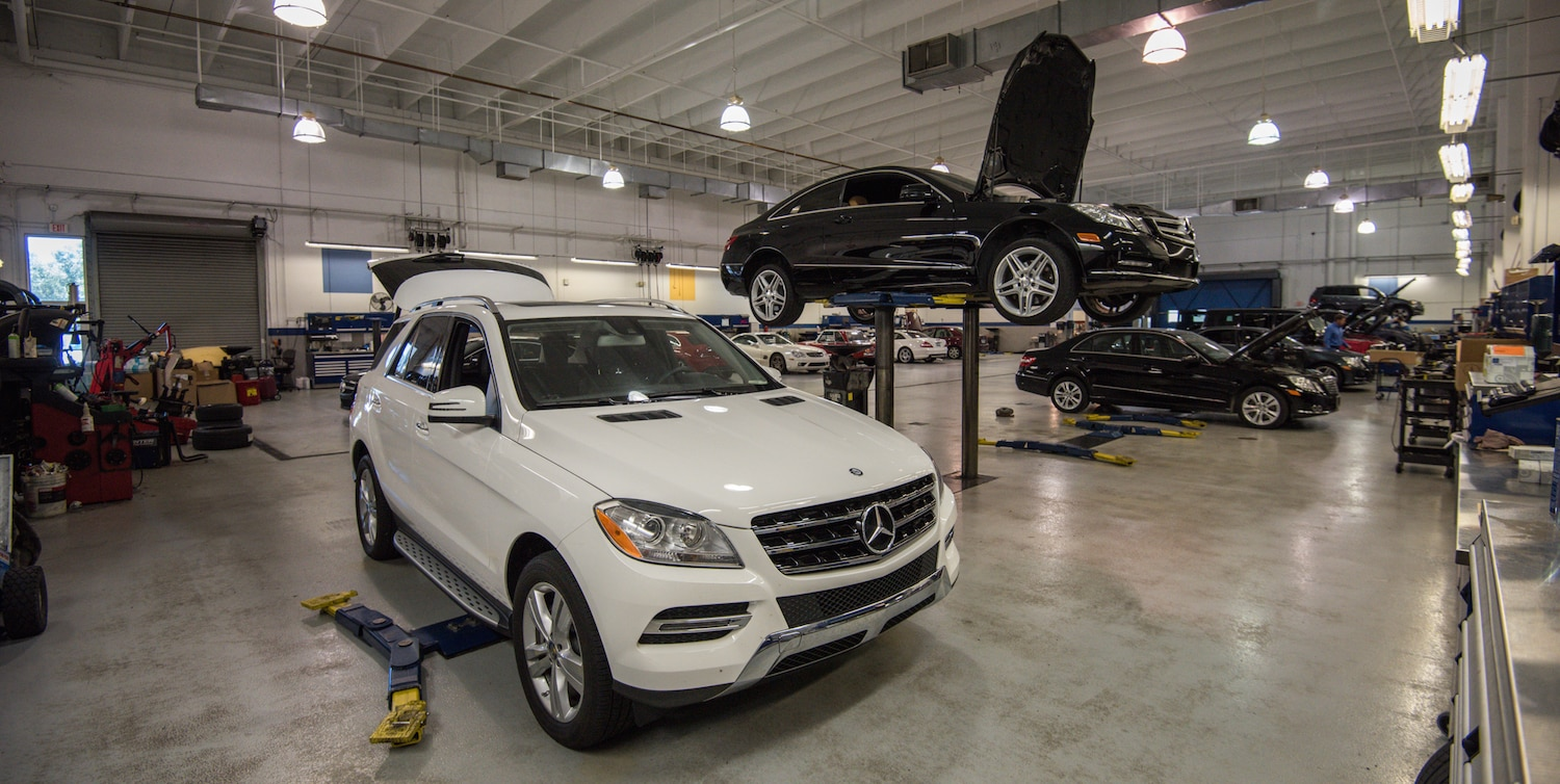Service your mercedes benz fort lauderdale fl mercedes for Authorized mercedes benz service centers near me