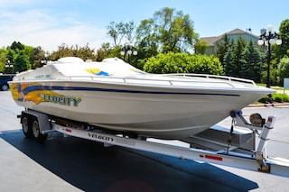 2001 Velocity Powerboats 280 Boat