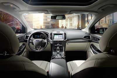 2018 Ford Edge Titanium Interior
