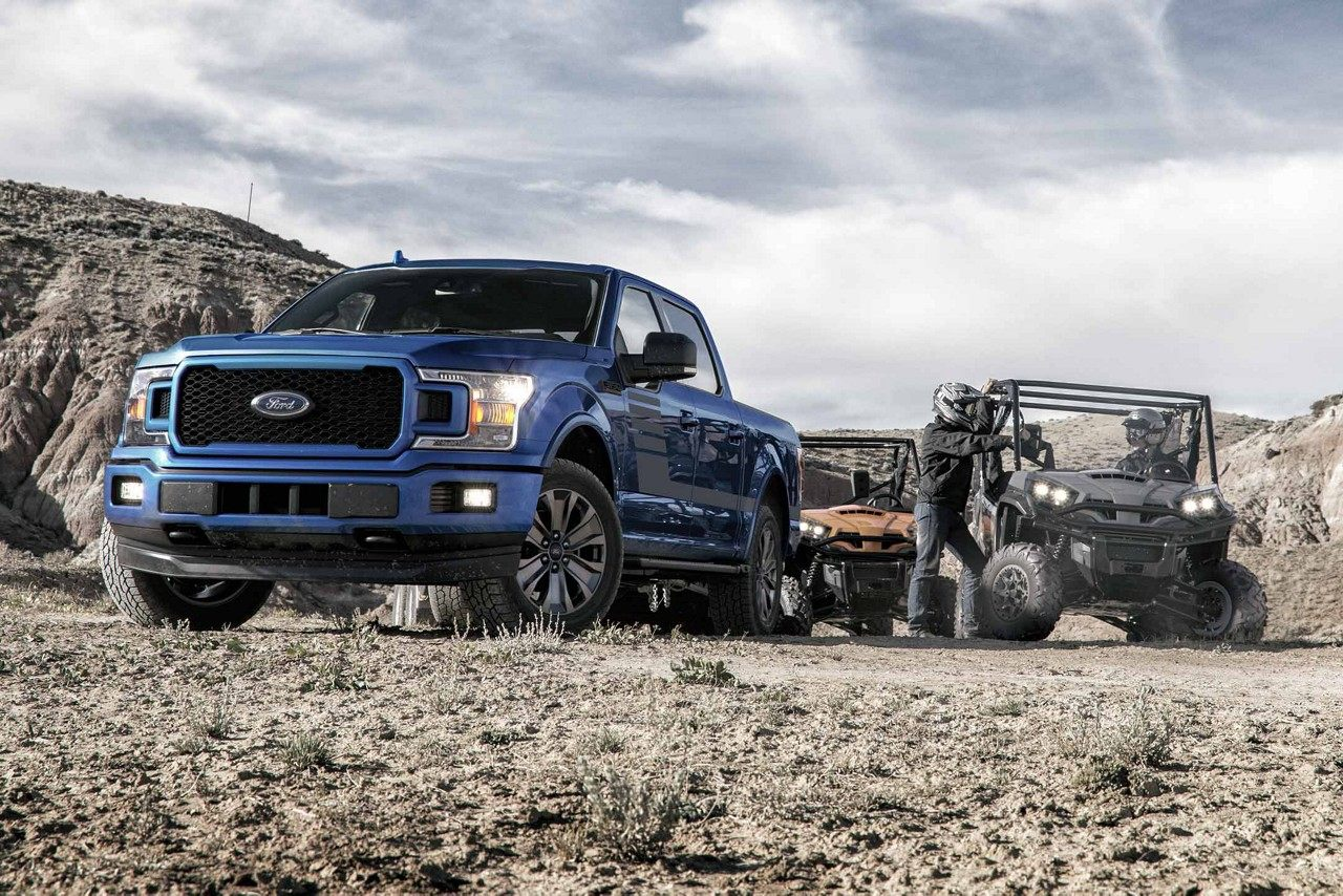 2018 Ford F-150 XLT SuperCrew in Lightning Blue