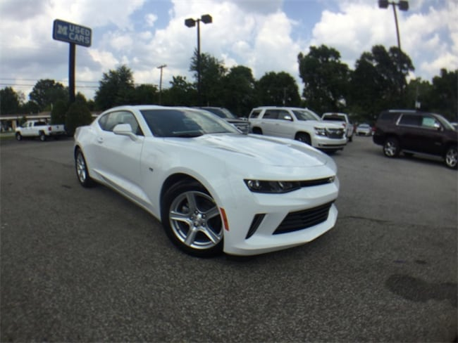 new 2018 Chevrolet Camaro 1LT Coupe in Louisville