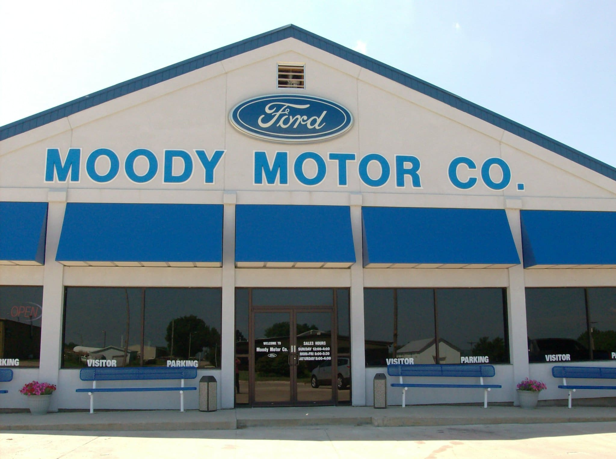 About moody motor a ford dealership in niobrara for Ford motor company payroll services